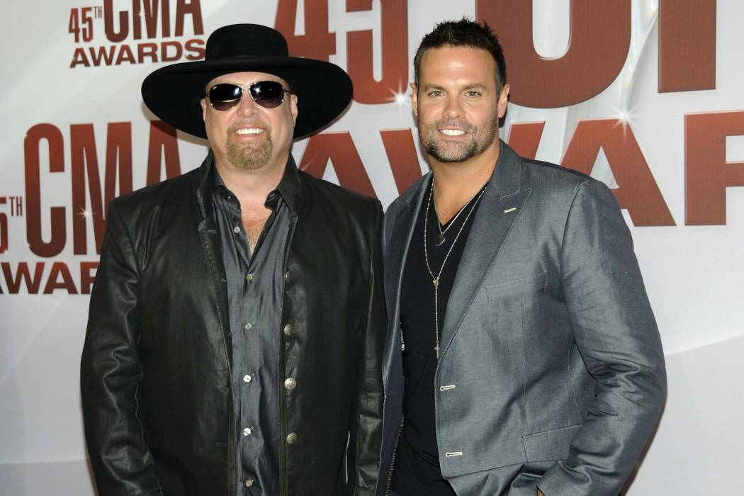 Montgomery Gentry's Troy Gentry Dies in Helicopter Crash