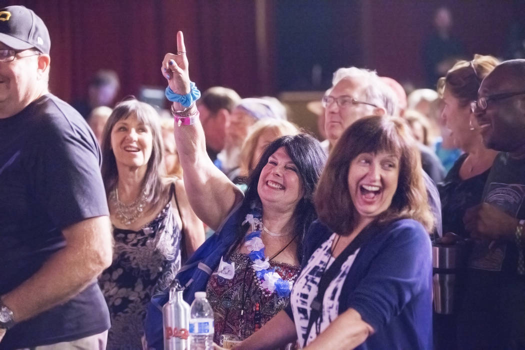 Fans of Toronzo Cannon cheer during the Big Blues Bender at The Plaza hotel-casino on Thursday, September 7, 2017, in Las Vegas. Benjamin Hager Las Vegas Review-Journal @benjaminhphoto