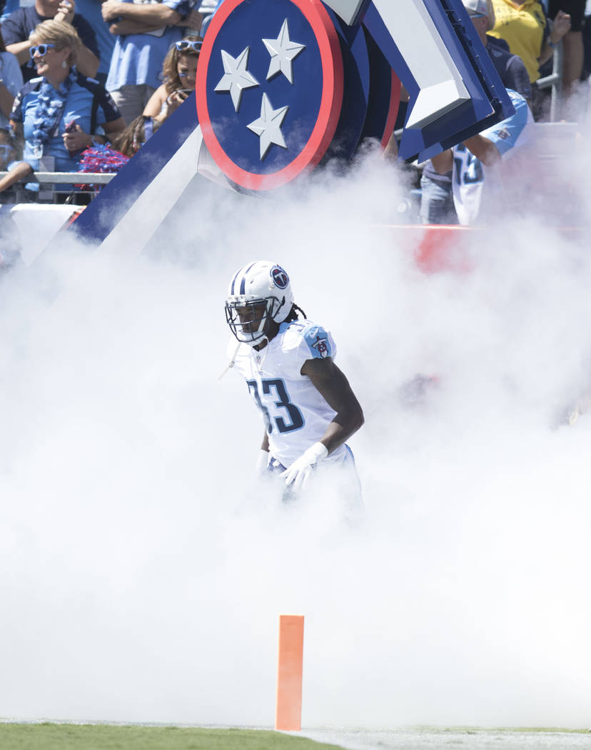 Tennessee Titans cornerback Tye Smith (33) comes on to the Nissan Stadium field for their game against the Oakland Raiders in Nashville, Tenn., Sunday, Sept. 10, 2017. Heidi Fang Las Vegas Review- ...