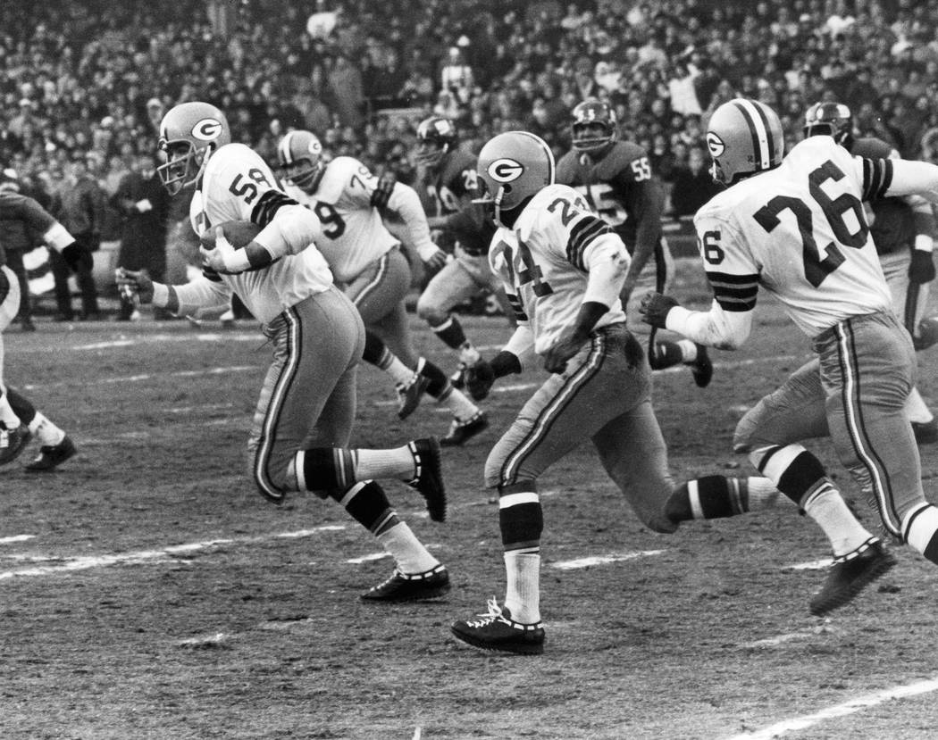 Green Bay Packers linebacker Dan Currie on a run after making an interception in a 16-7 win over the New York Giants in the 1962 NFL Championship game on Dec. 30, 1962 at Yankees Stadium in New Yo ...