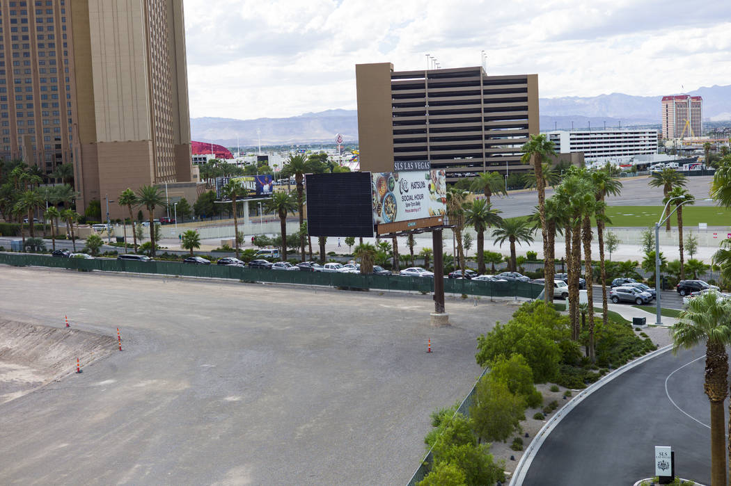 The construction site slated for an arena just south of the SLS Las Vegas along the north Strip area in Las Vegas on Wednesday, Sept. 13, 2017. Chase Stevens Las Vegas Review-Journal @csstevensphoto