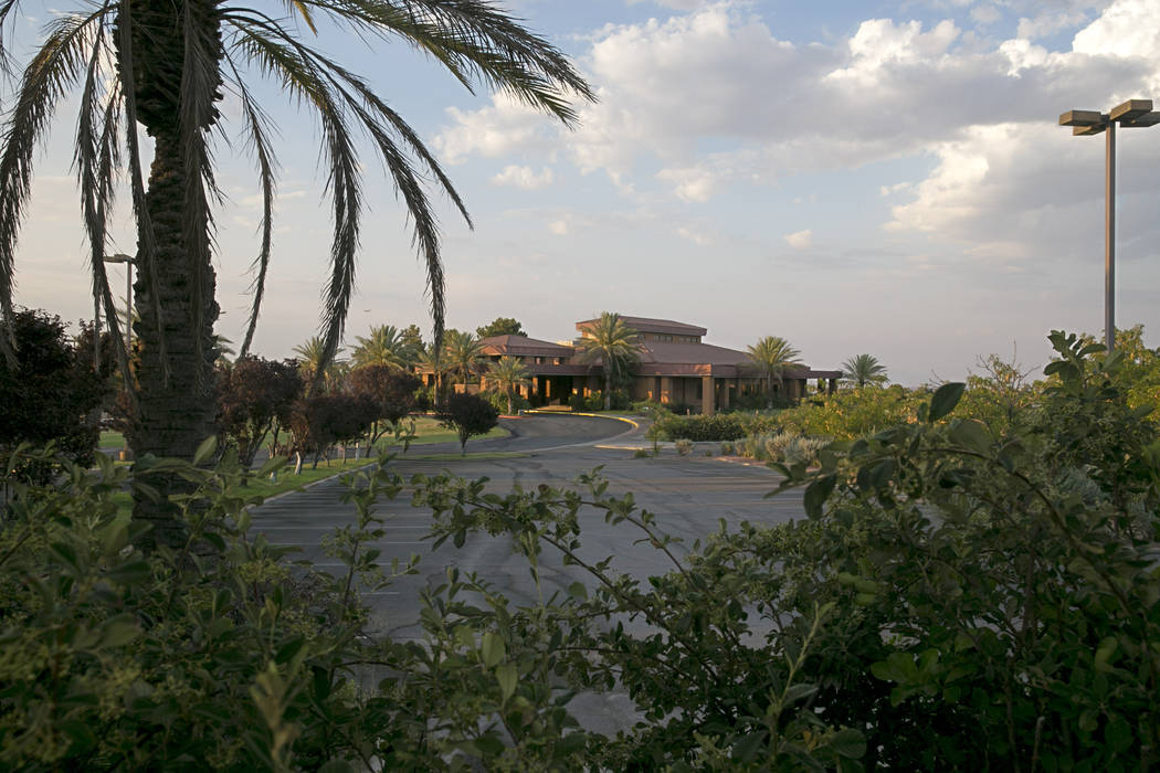 The Legacy Golf Club is near the intersection of North Green Valley and Wigwam Parkways in Henderson. (Gabriella Angotti-Jones/Las Vegas Review-Journal) @gabriellaangojo