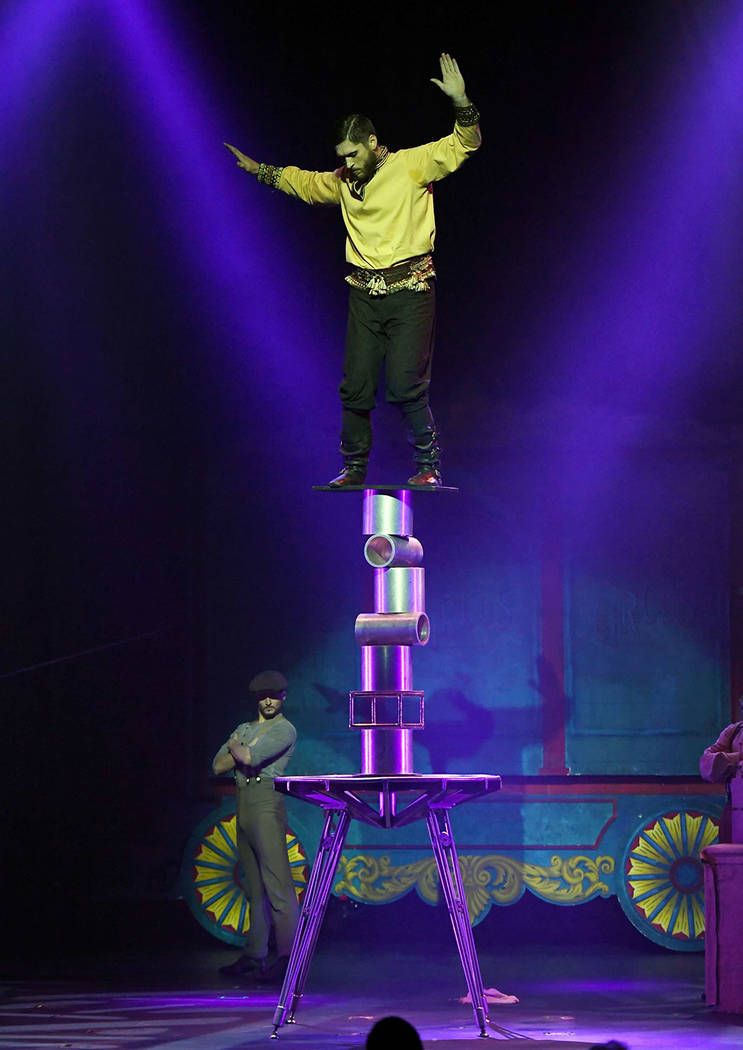 """Geddy """"The Sensational Sozonov"""" Pavlovich performs during the opening night of """"Circus 1903."""" (Ethan Miller/Getty Images.)"""