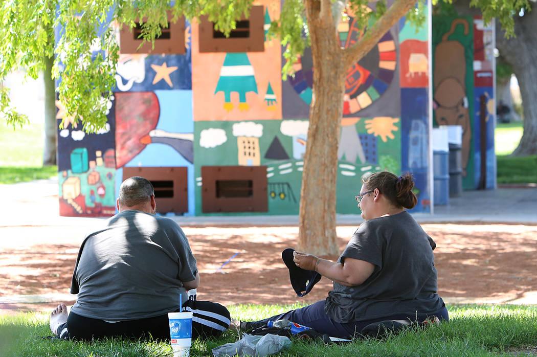 People relax at Huntridge Circle Park on Tuesday, April 18, 2017, in Las Vegas. Bizuayehu Tesfaye Las Vegas Review-Journal @bizutesfaye