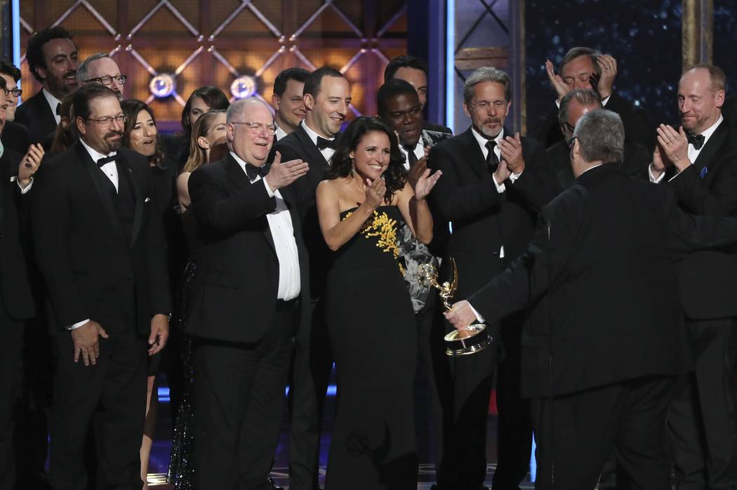 "69th Primetime Emmy Awards – Show – Los Angeles, California, U.S., 17/09/2017 -  David Mandel and the cast accept the award for Outstanding Comedy Series to ""Veep"". REU ..."