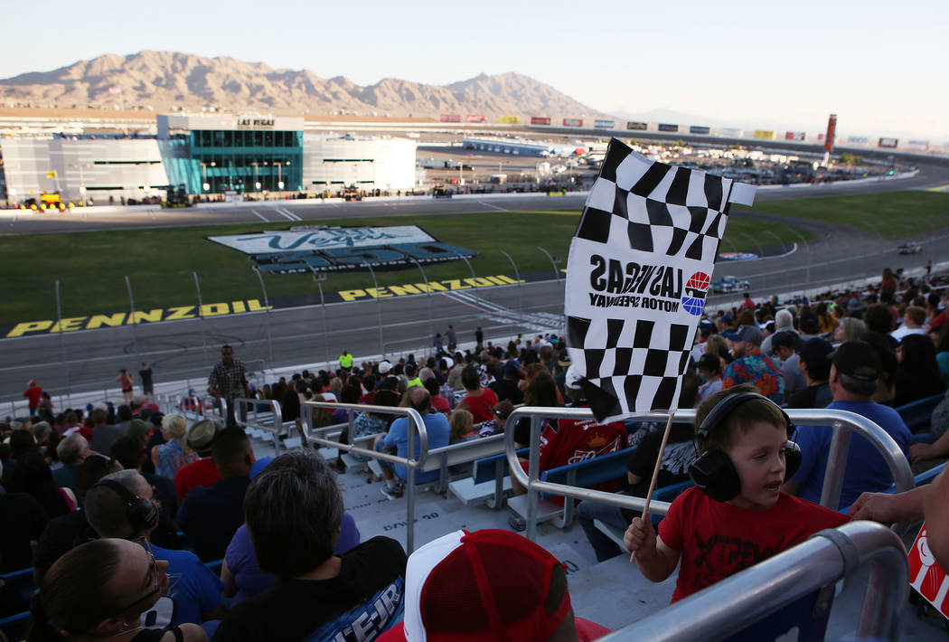 Fans gather for the NASCAR Camping World Truck Series at Las Vegas Motor Speedway in Las Vegas, Saturday, Sept. 30, 2017. Bridget Bennett Las Vegas Review-Journal @Bridgetkbennett