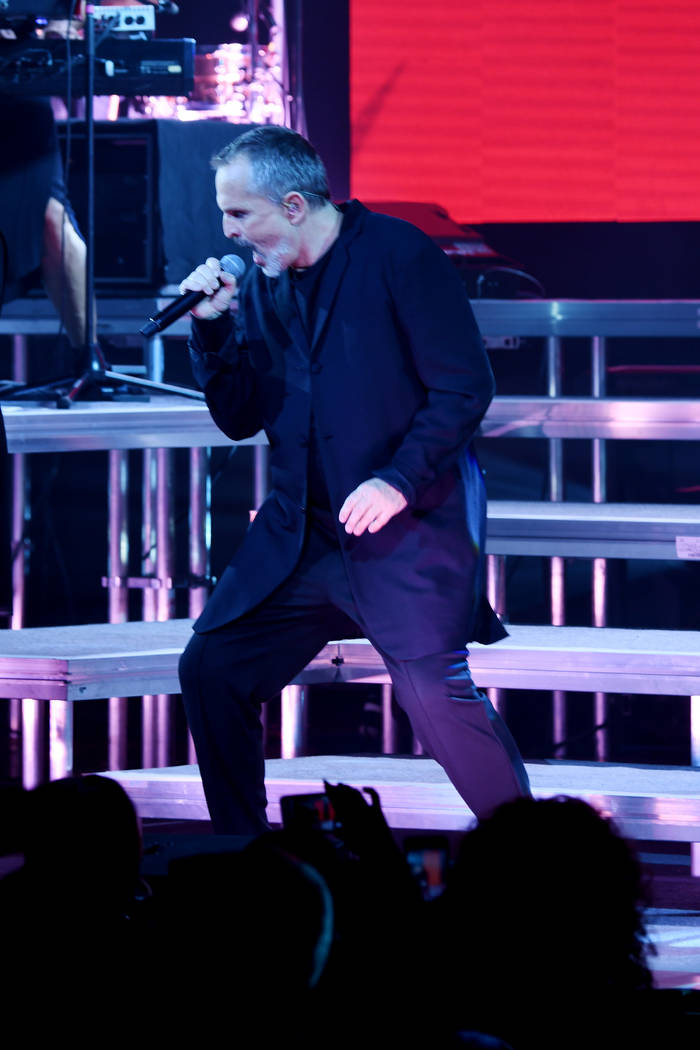 Miguel Bose kicked off the Mexican Independence weekend in Vegas at The Pearl at the Palms. (Denise Truscello)