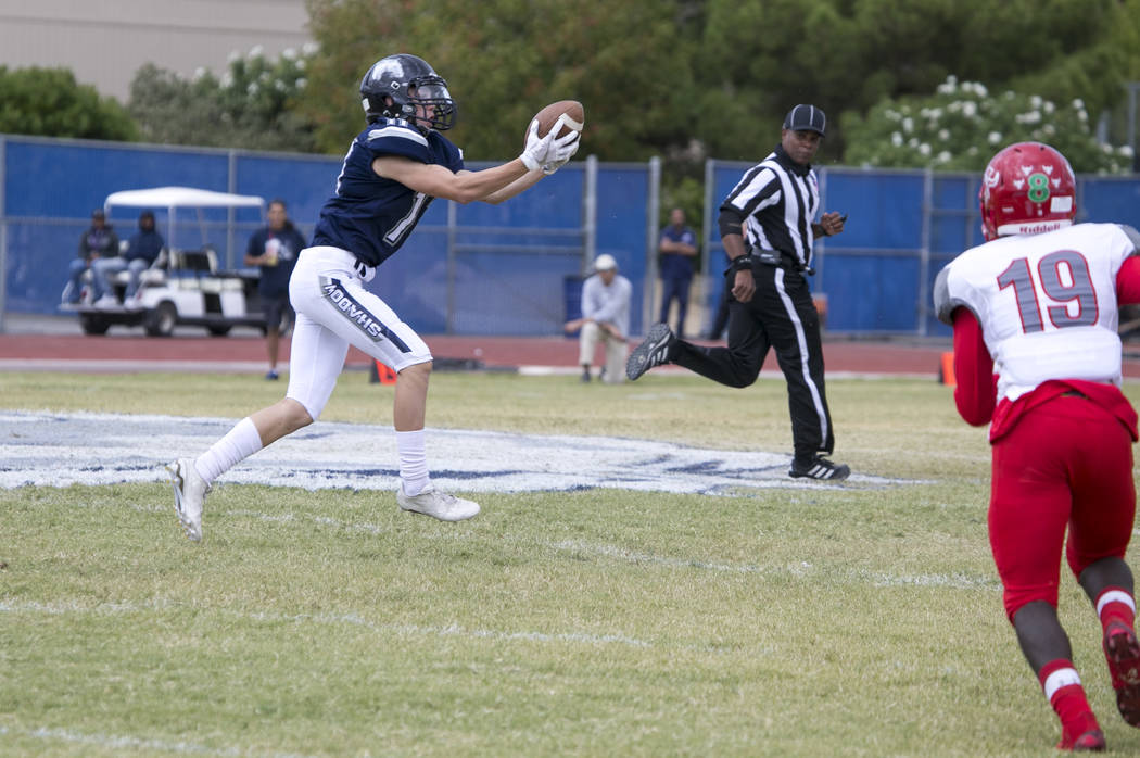 Shadow Ridge's Kimo Kahanu (11) makes a catch against Arbor View during a football game at Shadow Ridge High School on Saturday, Sept. 23, 2017, in Las Vegas. Richard Brian Las Vegas Review-Journa ...