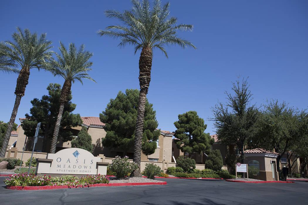 The Oasis Meadows apartment complex on Wednesday, Sept. 20, 2017, in Las Vegas. A Utah real estate firm has purchased several Las Vegas Valley apartment complexes. (Bridget Bennett/Las Vegas Revie ...