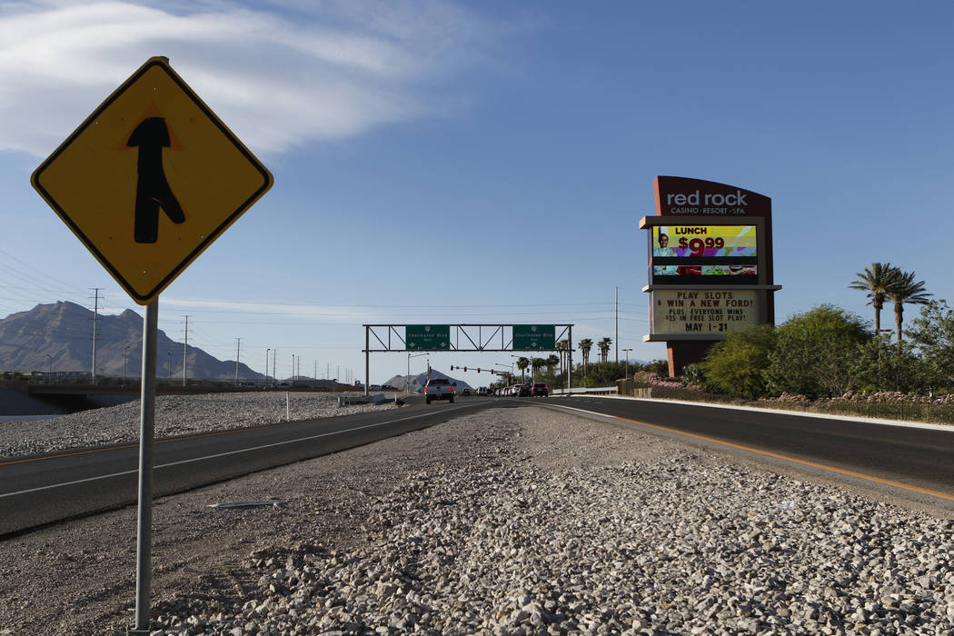 The intersection at Charleston Boulevard and 215 Beltway northbound in Las Vegas on Tuesday, May 12, 2017. David Guzman Las Vegas Review-Journal @DavidGuzman1985