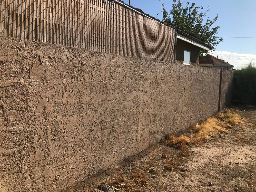 A wall after it is abated from graffiti on Thursday, Aug. 14, 2017 in North Las Vegas. (Kailyn Brown/View) @KailynHype