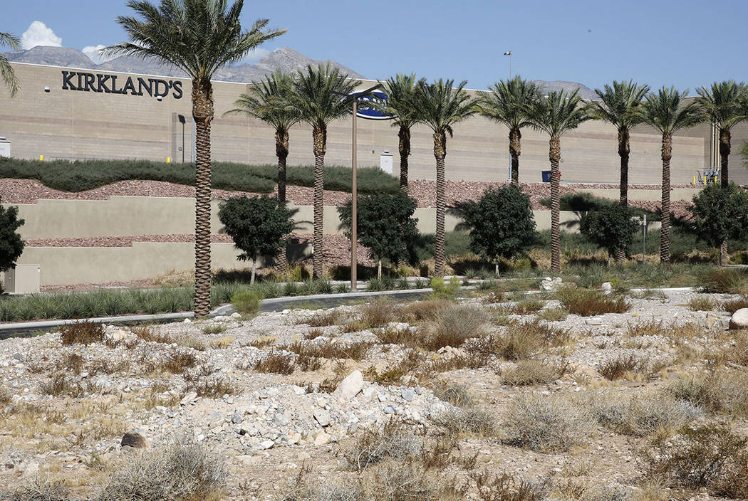 A vacant lot photographed on Thursday, Sept. 14, 2017 where Summerlin developer Howard Hughes Corp. plans to build a 267-unit apartment complex on Sahara Avenue next to Downtown Summerlin's main e ...