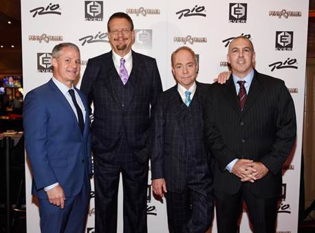 Penn & Teller, center, were joined by Rio General Manager Steve Ellis and Everi vice president Dean Ehrlich for the world debut of the game. (Courtesy)