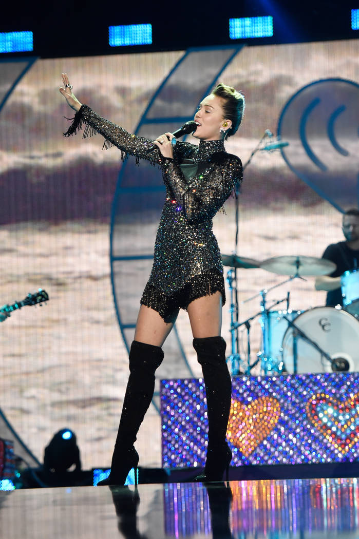 Miley Cyrus performs onstage during the 2017 iHeartRadio Music Festival at T-Mobile Arena on September 23, 2017 in Las Vegas, Nevada.  (Photo by David Becker/Getty Images for iHeartMedia)