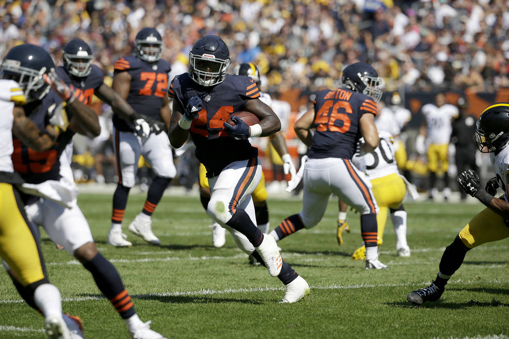 Chicago Bears running back Jordan Howard (24) runs during the first half of an NFL football game against the Pittsburgh Steelers, Sunday, Sept. 24, 2017, in Chicago. (AP Photo/Nam Y. Huh)
