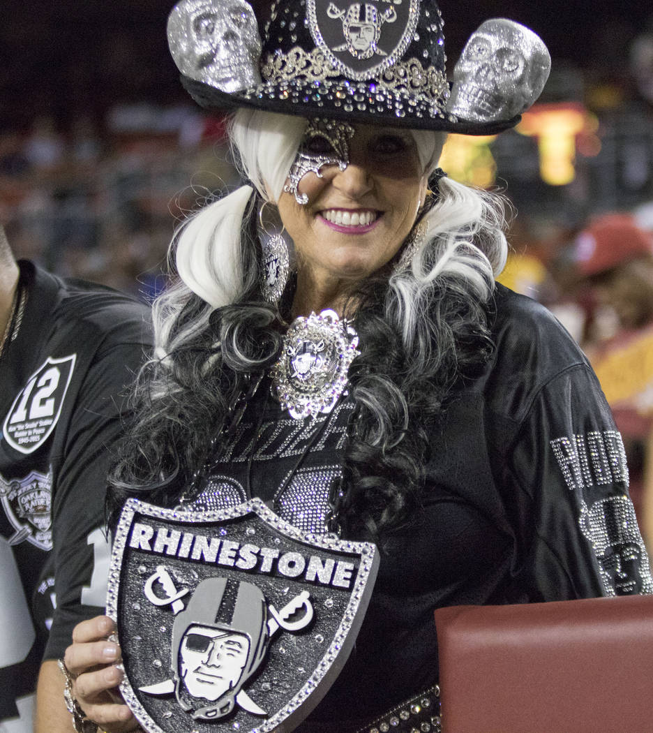 A Oakland Raiders fan before the game against the Washington Redskins in Landover, Md., Sunday, Sept. 24, 2017. Heidi Fang Las Vegas Review-Journal @HeidiFang
