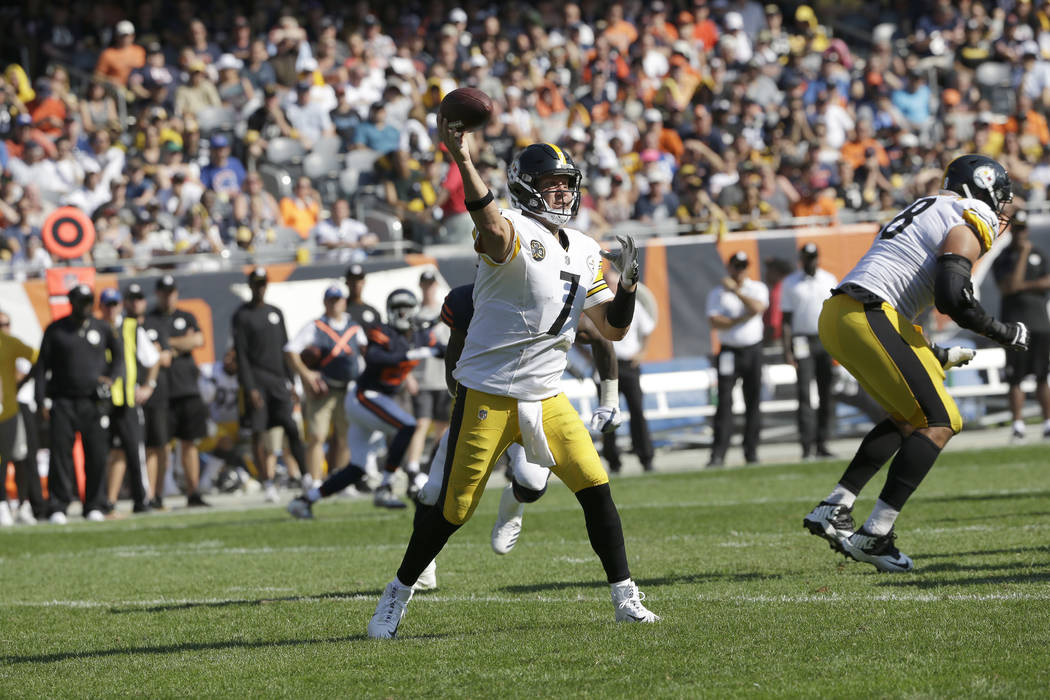 Pittsburgh Steelers quarterback Ben Roethlisberger (7) throws a pass during the second half of an NFL football game against the Chicago Bears, Sunday, Sept. 24, 2017, in Chicago. (AP Photo/Nam Y. Huh)