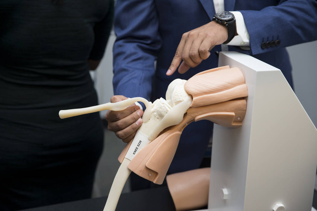 Adnan Mohsin, UNLV surgical simulation coordinator, during a demonstration of the virtual surgery technology, VIRTAMED Arthros, at the UNLV School of Medicine in Las Vegas, Wednesday, Sept. 27, 20 ...