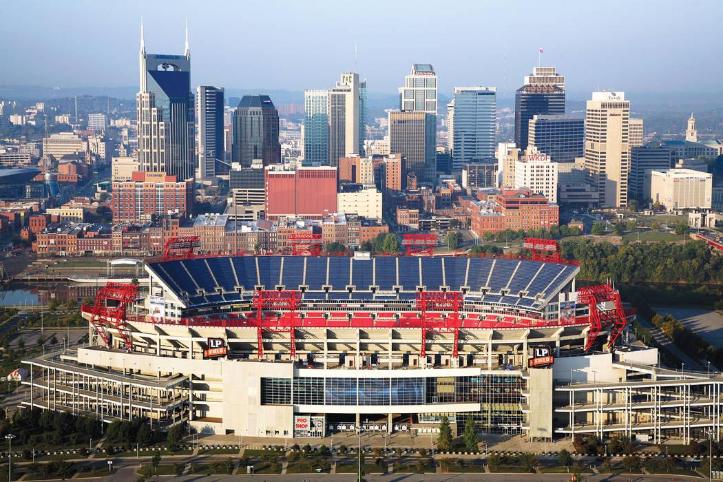 Nashville, Tennessee, Skyline and Titans Stadium