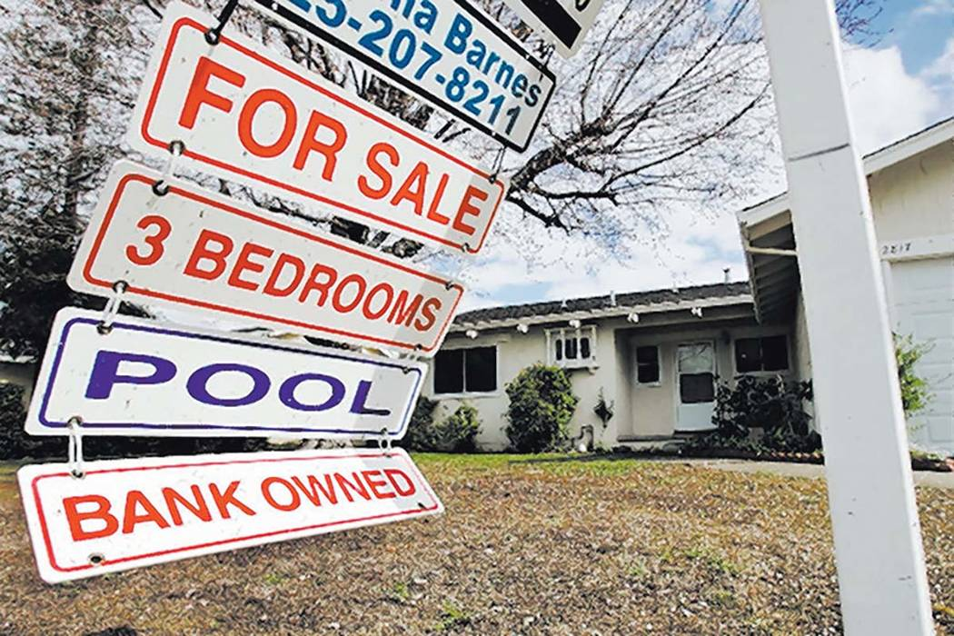 Banks are hitting the brakes on foreclosures in Las Vegas. (Las Vegas Review-Journal file)