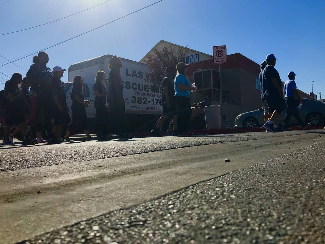 Volunteers arrive at the Las Vegas Rescue Mission on Bonanza Road Saturday morning during a fundraising walk to support the mission. Greg Haas Las Vegas Review-Journal @RJgreg09