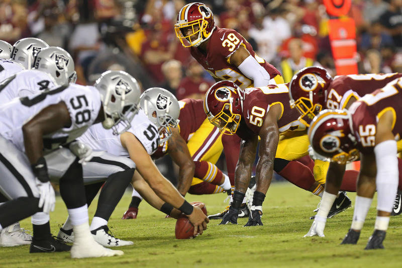 Sep 24, 2017; Landover, MD, USA; The Oakland Raiders offense lines up against the Washington Redskins defense in the second quarter at FedEx Field. Mandatory Credit: Geoff Burke-USA TODAY Sports
