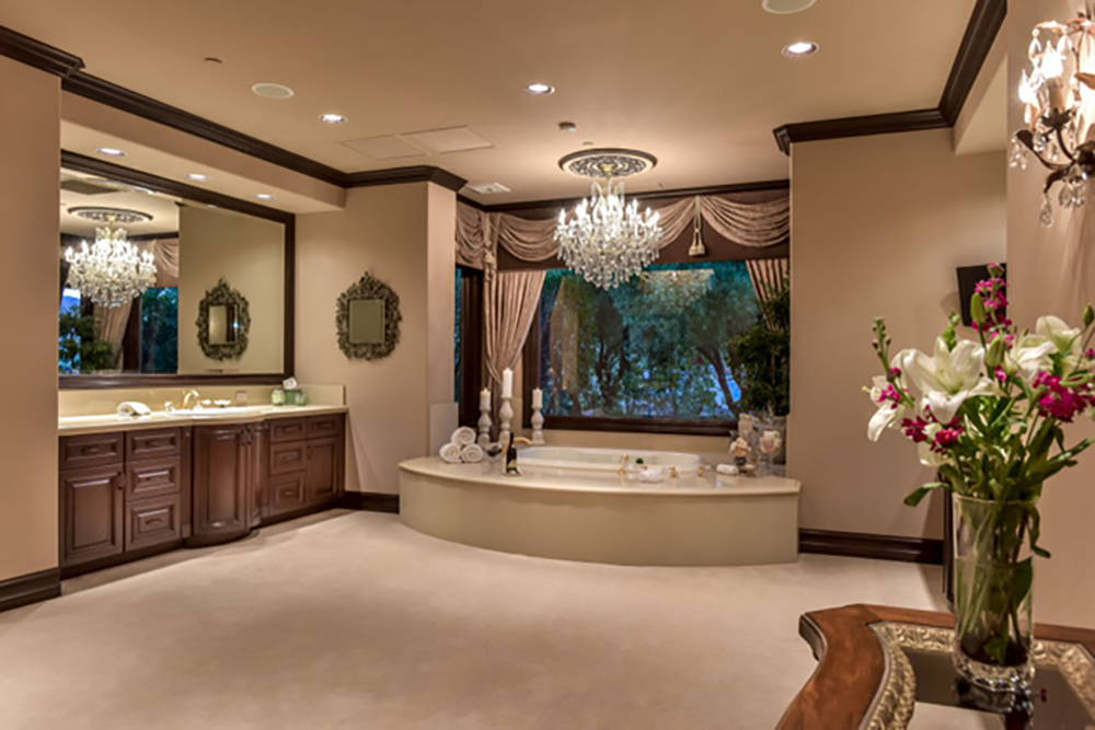 One of the master baths. (Wardley Real Estate)