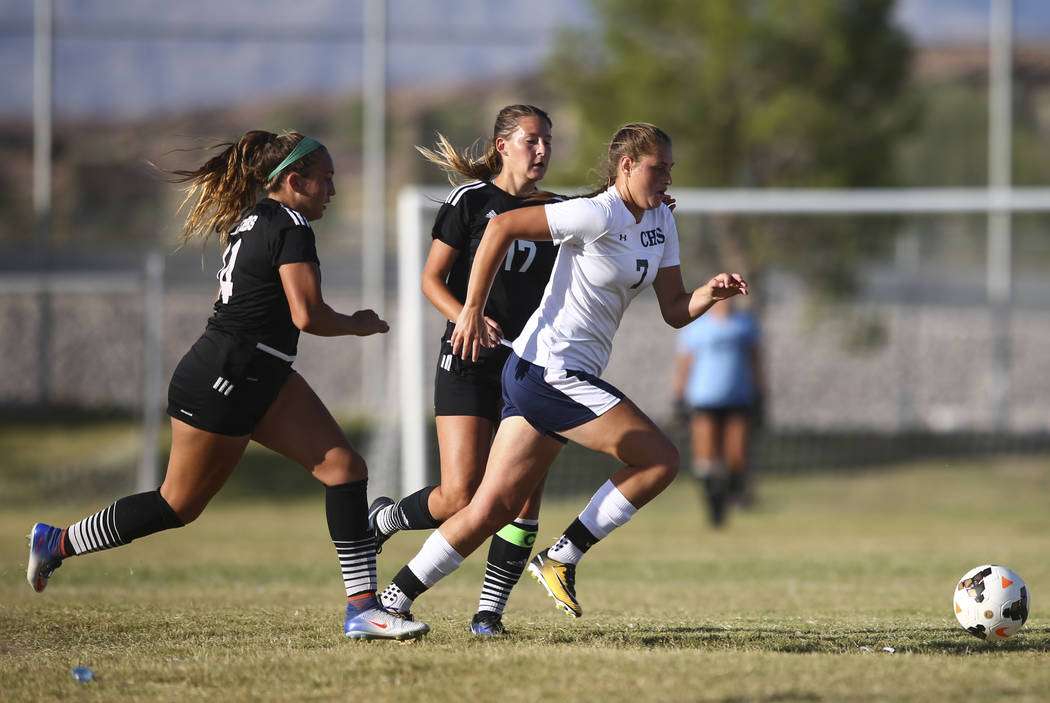 Centennial's Marcella Brooks (7) moves the ball against Palo Verde during a soccer game at Centennial High School in Las Vegas on Tuesday, Sept. 19, 2017. Chase Stevens Las Vegas Review-Journal @c ...
