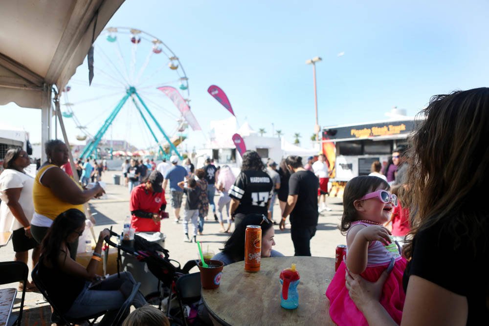 Visitors explore the Great American Foodie Fest at the Sunset Station in Henderson, Sunday, Oct.1, 2017. Elizabeth Brumely Las Vegas Review-Journal