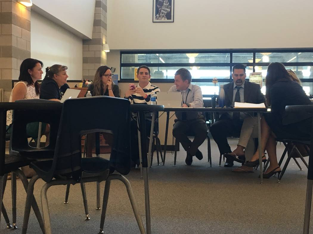 Members of Foothill's SOT wait for the meeting to begin on Sept. 27. (Diego Mendoza-Moyers/View) @dmendozamoyers