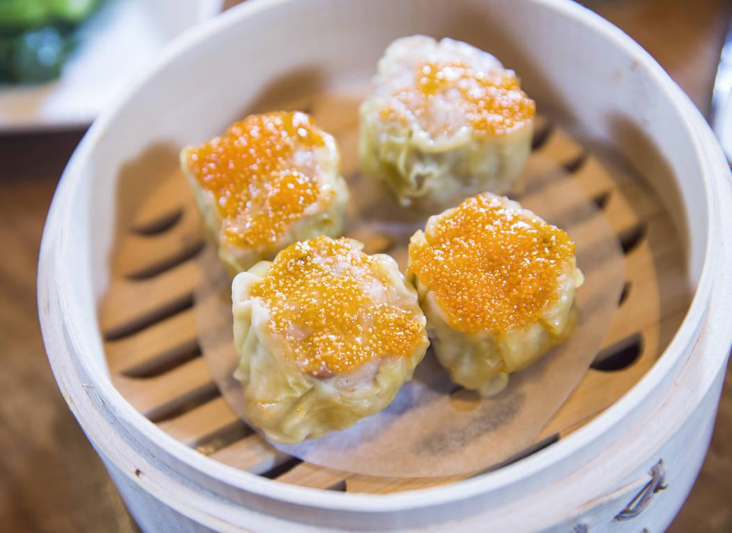 Shiu mai at Ping Pang Pong on Wednesday, September 27, 2017, at Gold Coast hotel/casino, in Las Vegas. Benjamin Hager Las Vegas Review-Journal @benjaminhphoto