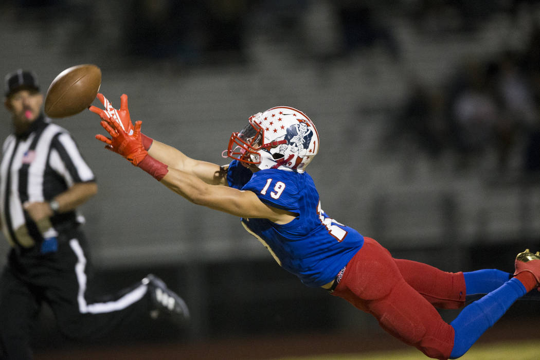 Liberty's David Elder (19) is short for a catch against Foothill in their football game at Liberty High School in Henderson, Friday, Oct. 6, 2017. Erik Verduzco Las Vegas Review-Journal @Erik_Verduzco