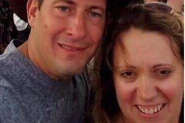 Bill Wolfe and his wife Robyn (GoFundMe)