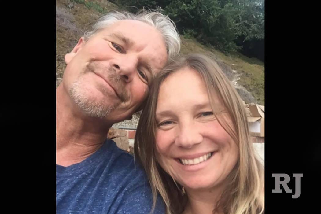 Lisa Patterson, right, with husband Robert Patterson. (GoFundMe)