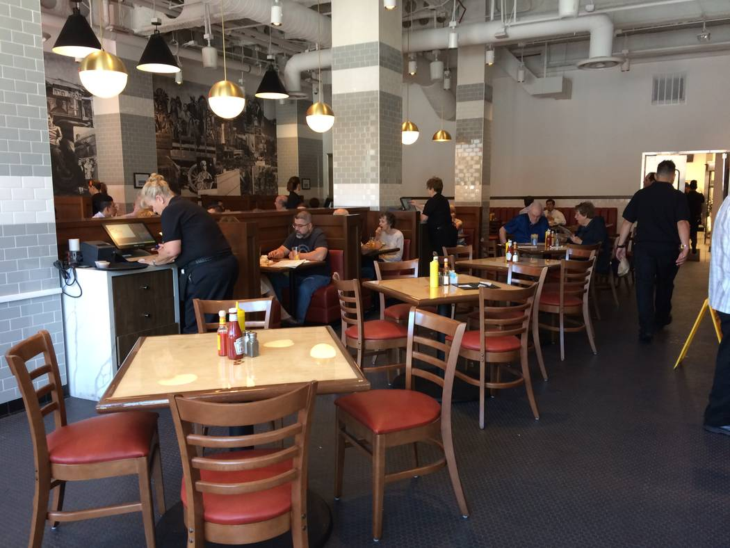 The lunch crowd begins coming in Oct. 4, 2017, at Canter's Deli Las Vegas. The deli is the latest addition to  in Tivoli Village's lineup of eateries. The company has been around since 1924. (Ja ...