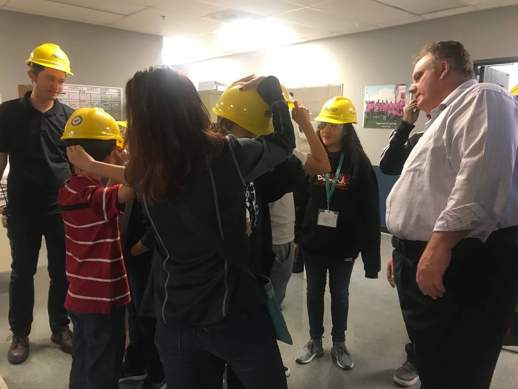 Metl-Span production supervisor Chuck Rambo preps Molasky Junior High School students for a tour of the building on Oct. 4, 2017 at 4700 Engineers Way # 103. (Kailyn Brown/View) @KailynHype