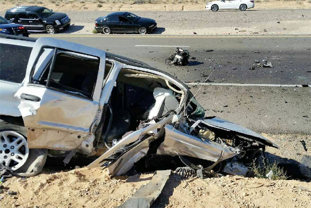 4 in custody after fatal crash on i 15 near moapa las vegas review journal. Black Bedroom Furniture Sets. Home Design Ideas