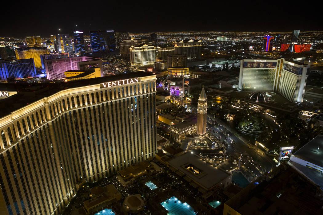 Picture Of The Strip Las Vegas: 1 Week After Las Vegas Strip Shootings