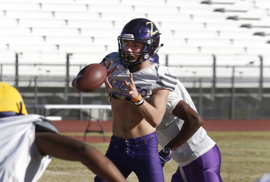 Durango High's quarterback Kaden Renshaw catches a pass during team's practice Wednesday Oct. 11, 2017, in Las Vegas. Bizuayehu Tesfaye Las Vegas Review-Journal @bizutesfaye