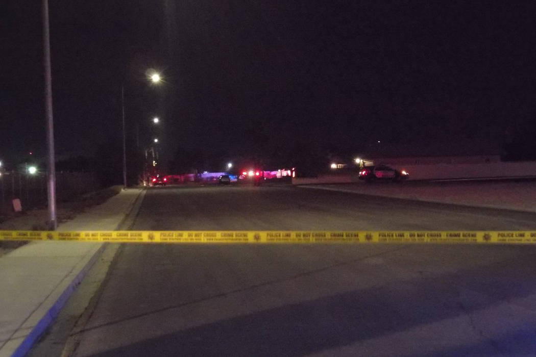 Las Vegas police investigate a body found in a neighborhood near Jones and Charleston boulevards on Tuesday, Oct. 10, 2017. Max Michor Las Vegas Review-Journal
