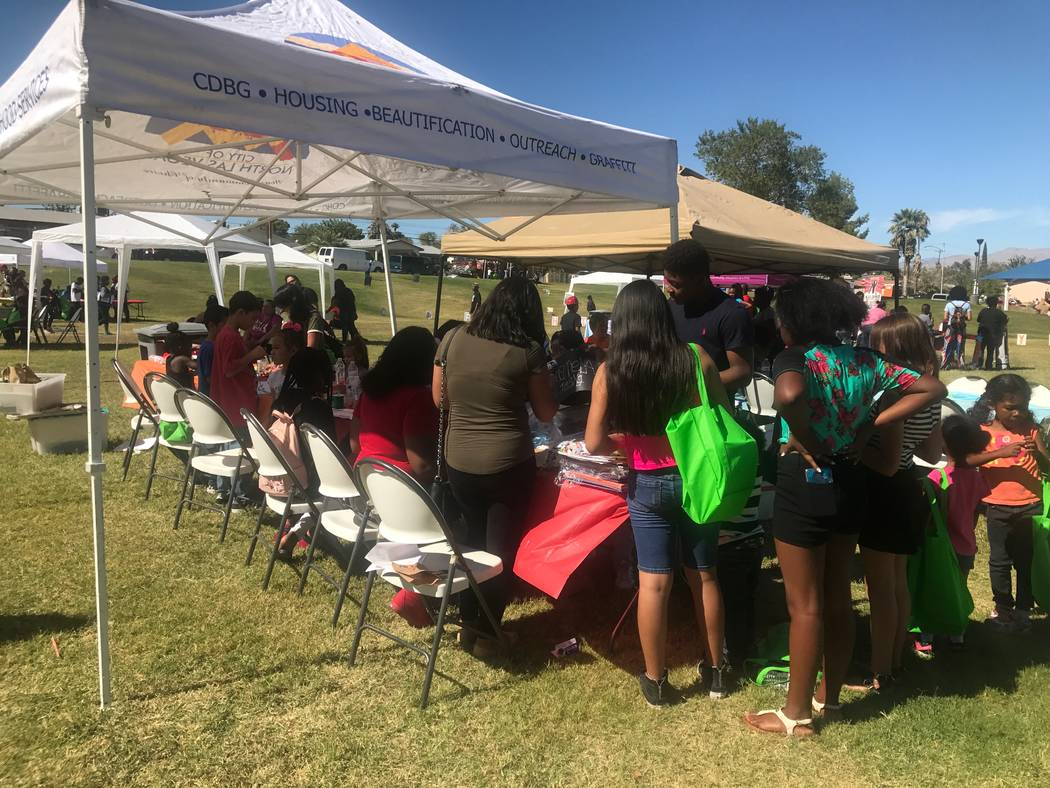 Reading Rainbow attendees doing arts and craft projects on Oct. 7, 2017 at Valley View Park, 2000 Bennett Street. (Kailyn Brown/View) @KailynHype