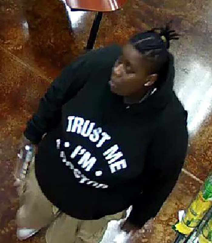 Las Vegas police are asking for the public's help in finding a woman after a south valley robbery. (Las Vegas MetropolitanPolice Department)