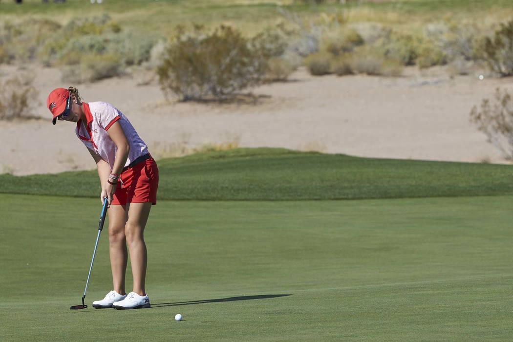 UNLV senior Mackenzie Raim, shown last season, shot a 2-under-par 70 on Sunday in the first round of the Las Vegas Collegiate Showcase at Boulder Creek Golf Club. (R. Marsh Starks/UNLV)