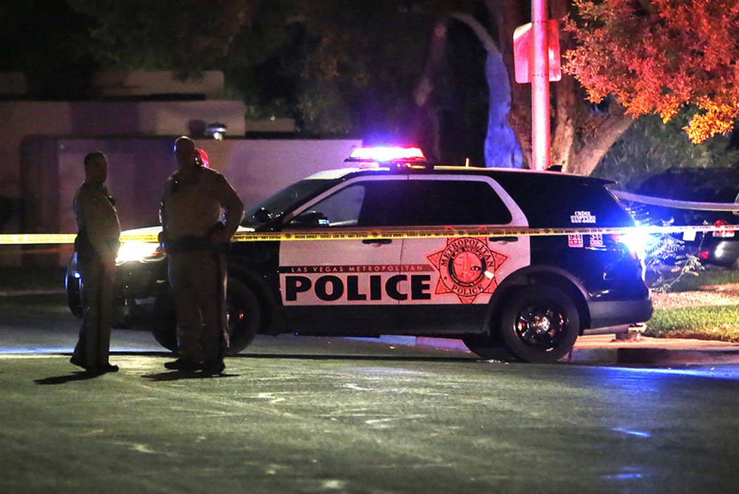 Las Vegas police ID officers involved in mans shooting