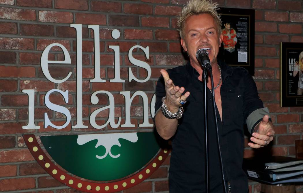 """Chris Phillips of Zowie Bowie shown at """"Sing For Strength,"""" a fundraiser for victims of the 1 October shootings, at Ellis Island Casino & Brewery on Tuesday, Oct. 17, 2017. (Ira Kuzma)"""