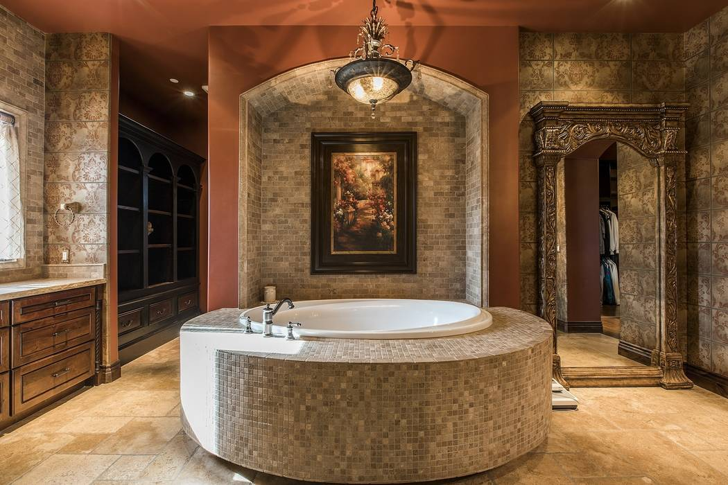 The master bath. (Team Carver, Berkshire Hathaway Home Services)