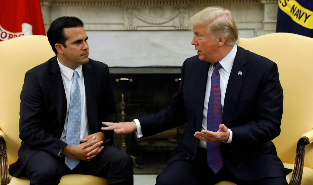 President Donald Trump meets with Puerto Rico Gov. Ricardo Rossello in the Oval Office of the White House in Washington, Oct. 19, 2017. (Kevin Lamarque/Reuters)