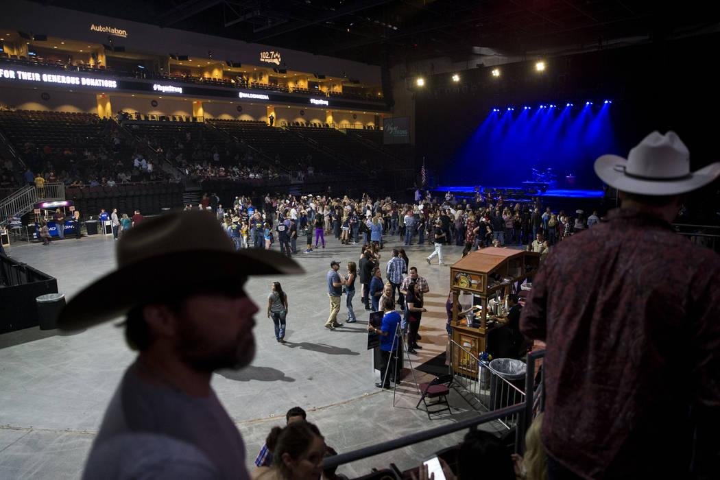 A Vegas Strong benefit concert, at The Orleans Arena in Las Vegas, Thursday, Oct. 19, 2017. Erik Verduzco Las Vegas Review-Journal @Erik_Verduzco