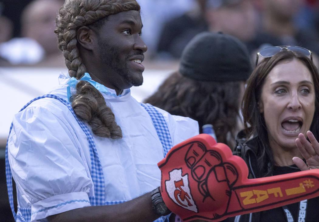 72ead769 Raiders edge Chiefs 31-30 in last-minute thriller | Las Vegas Review ...