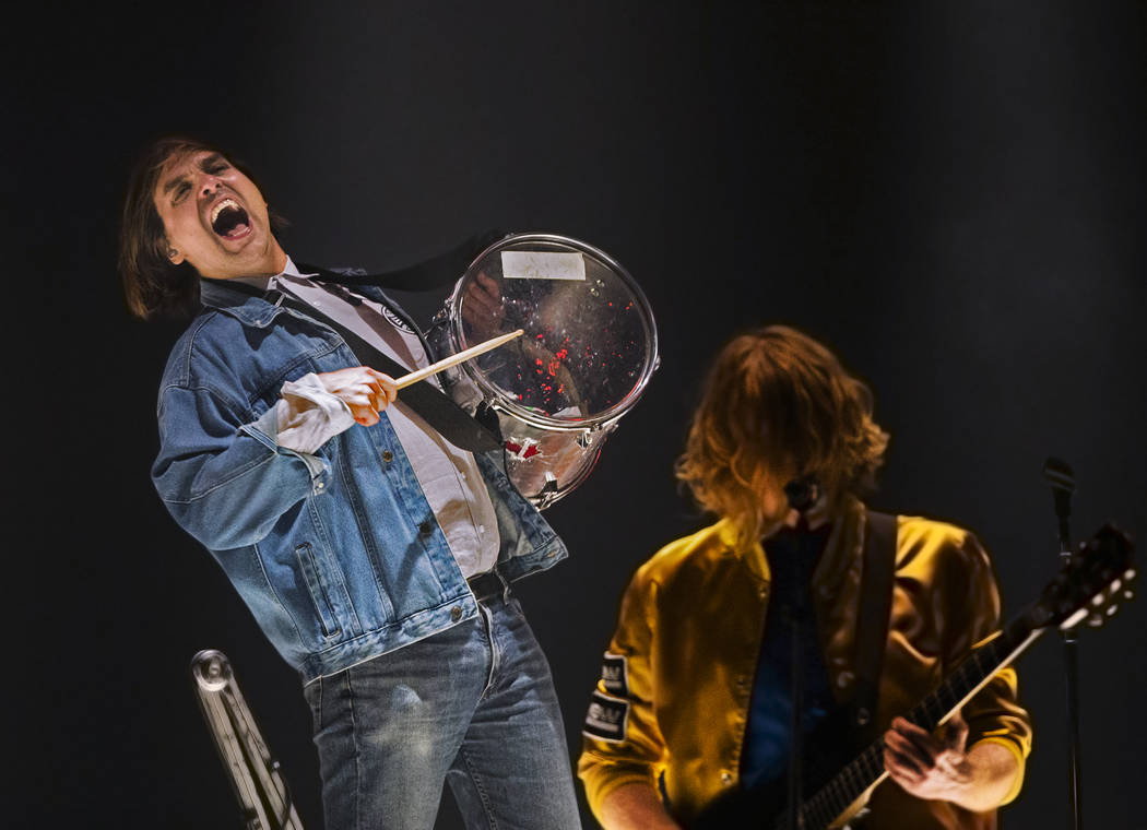 Arcade Fire performs on Sunday, October 22, 2017, at The Mandalay Bay Events Center, in Las Vegas. Benjamin Hager Las Vegas Review-Journal @benjaminhphoto